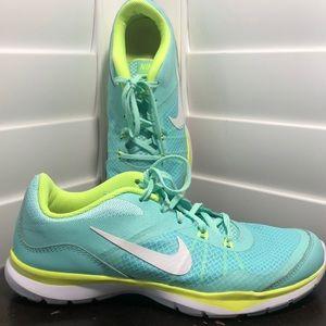 Women's Nike Training Flex TR5 size 7